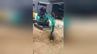 小沟机捷克 18小型挖掘机 微型履带式挖掘机