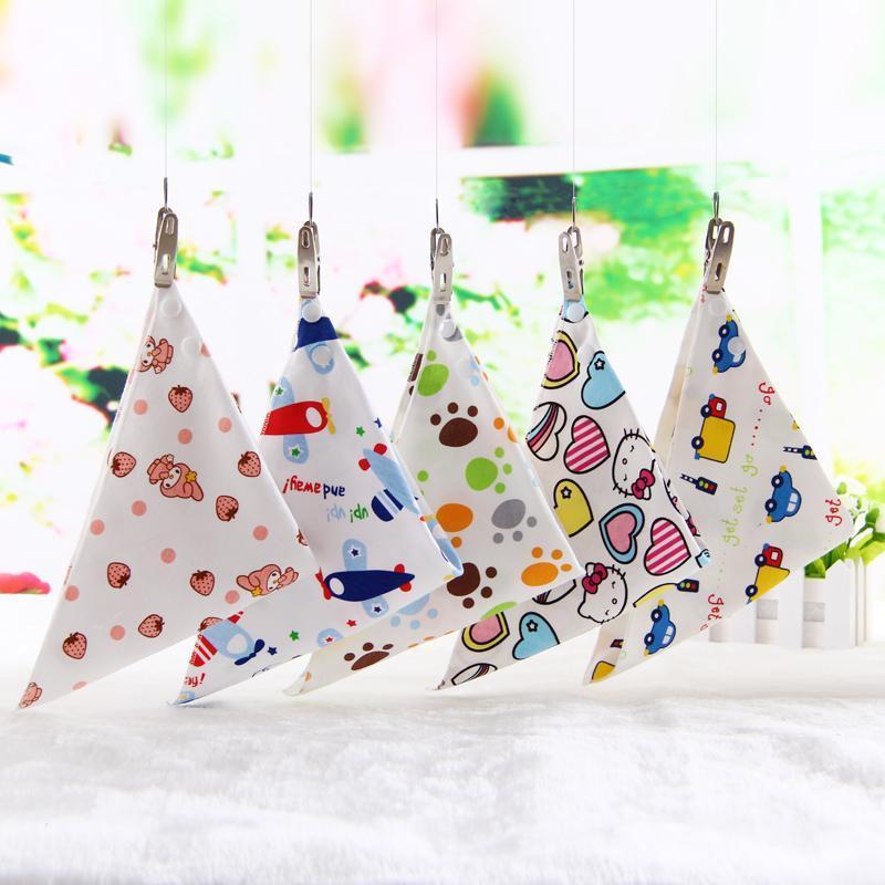 供应母婴用品 儿童纯棉围嘴围兜宝宝三角口水巾