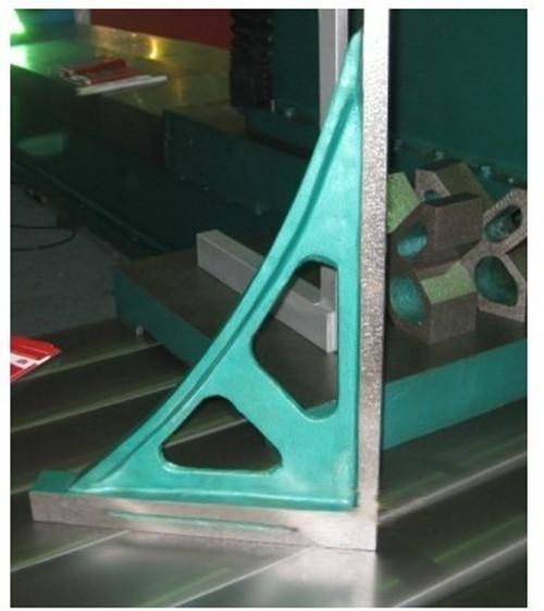 燕新量具专业生产供应300*200---1000*750各型号铸铁直角尺,厂家直销欢迎惠顾订购