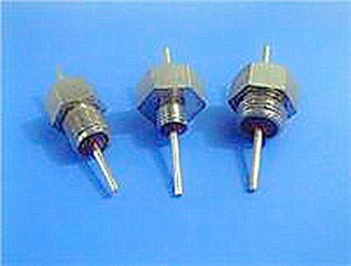 德平厂家供应M6高压陶瓷穿心电容直流馈通滤波器