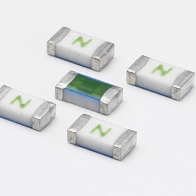 新款V275LA20AP压敏电阻 一级    力特LITTELFUSE保险丝贴片
